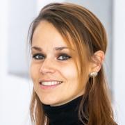 Dr. Céline Calvino